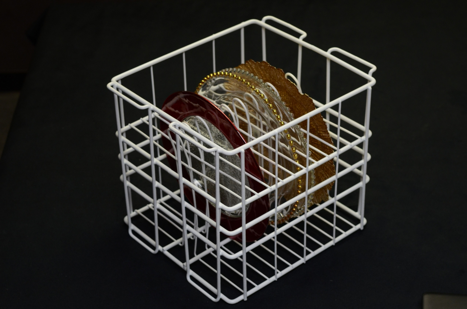 10 Strawberry Street GPLTR12 12 Compartment Rack for Glass Charger Plates - 4 pcs