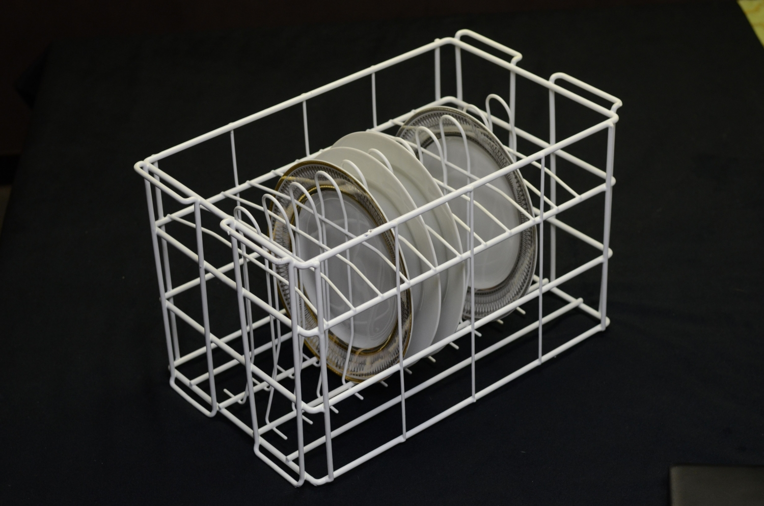 10 Strawberry Street WPLTR12 12 Compartment Rack for Porcelain Charger Plates - 4 pcs