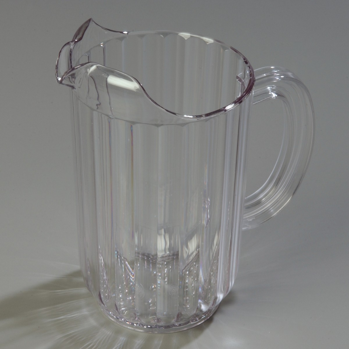 Carlisle 5538-07 48 oz. Pitcher