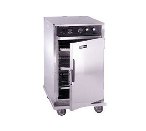 CresCor CO-151-H-189B Mobile Half-Size Cook/Hold Cabinet