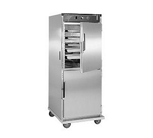 CresCor H-137-UA-12-CZ Mobile Heated Correctional Cabinet
