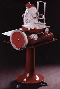 "Omcan (FMA) 350VO 14"" Manual Volano Meat Slicer"