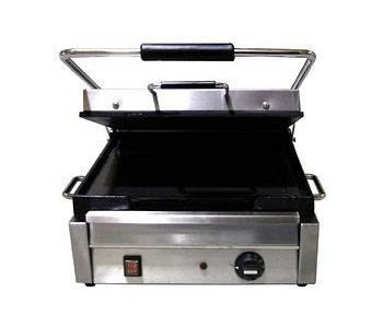 Omcan (FMA) SG10174FTB Single Sandwich Grill