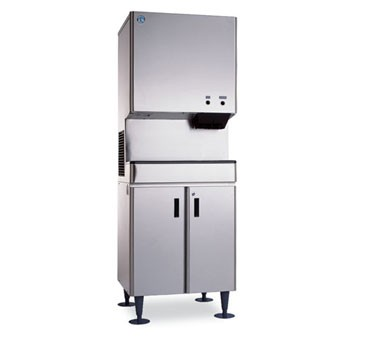 Hoshizaki DCM-500BWH 567 lb. Water-Cooled Cube-Style Ice Maker Dispenser