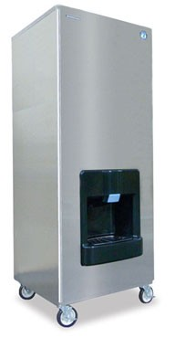 Hoshizaki DKM-500BWH 466 lb. Air-Cooled Cube-Style Ice Maker Dispenser