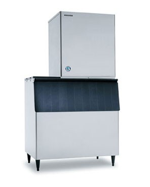 Hoshizaki F-1500MWH-C 1125 lb. Water-Cooled Nugget Compressed Ice Maker