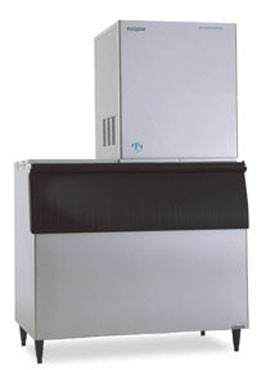 Hoshizaki F-2000MWH 2030 lb. Water-Cooled Flake-Style Ice Maker