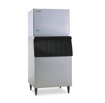 Hoshizaki KML-631MWH 632 lb. Water-Cooled Cube-Style Ice Maker