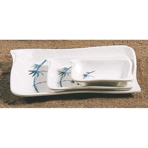 "Thunder Group 1608BB Blue Bamboo 5-3/4"" x 4"" Wave Shape BBQ Plate"