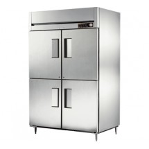 True STA2H-4HS 56 Cu Ft Reach In Two-Section Solid Half Door Heated Cabinet