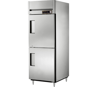 True STG1H-2HS 31 Cu Ft Reach In One-Section Solid Half Door Heated Cabinet