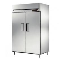 True STG2H-2S 56 Cu Ft Reach In Two-Section Solid Door Heated Cabinet