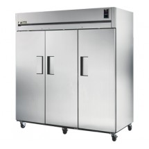 True STR3R-3S 85 Cu Ft Reach-In Three-Section Refrigerator