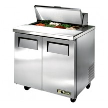 True TSSU-36-8 8.5 Cu Ft Sandwich / Salad Prep Table With 11-3/4