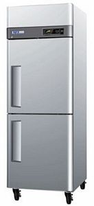 Turbo Air M3R24-2 One-section Reach-In Half-Door Refrigerator