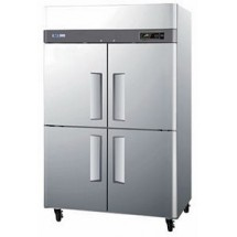 Turbo Air M3R47-4 Two-section Reach-In Half-Door Refrigerator