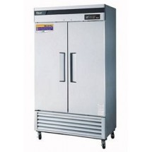 Turbo Air TSF-35SD-N Two-Section Reach-In Super Deluxe Freezer