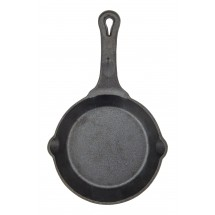Winco CAST-6 FireIron™ Pre-Seasoned Cast Iron Skillet 6""